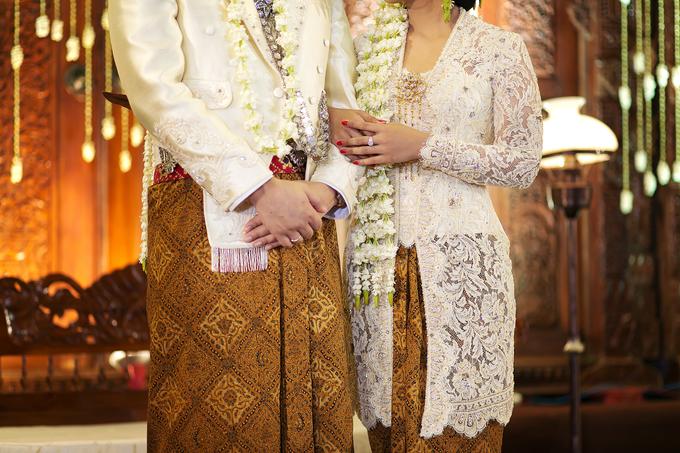 Audy & Kemal Javanese Wedding by Verakebaya - 001