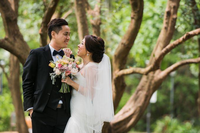 Wedding Day of Jade and Owen at Marina Mandarin Singapore by oolphoto - 025