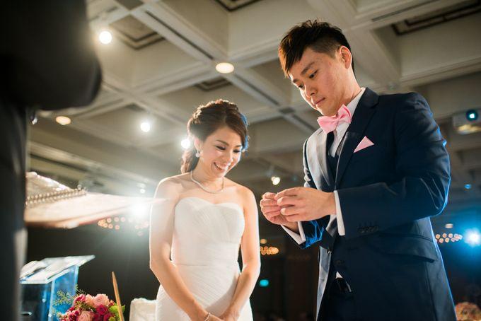 Wedding Day of Jade and Owen at Marina Mandarin Singapore by oolphoto - 033