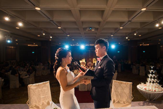 Wedding Day of Jade and Owen at Marina Mandarin Singapore by oolphoto - 034