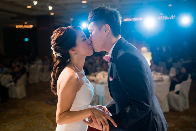 Wedding Day of Jade and Owen at Marina Mandarin Singapore by oolphoto - 035