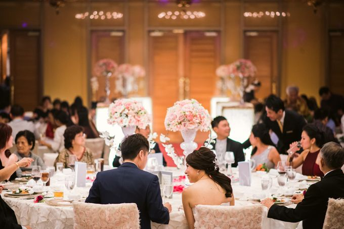 Wedding Day of Jade and Owen at Marina Mandarin Singapore by oolphoto - 036