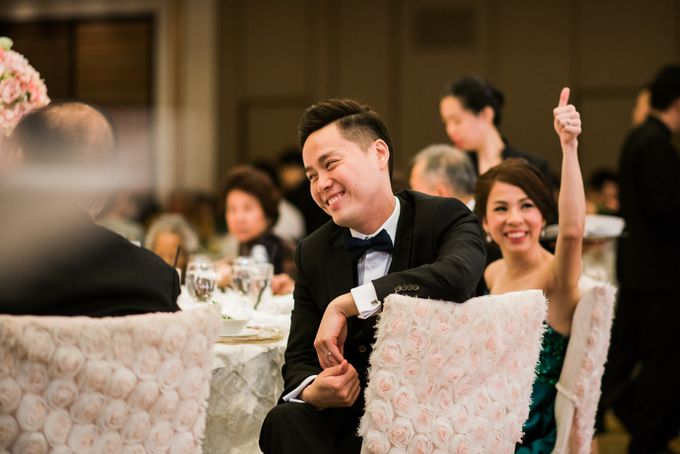Wedding Day of Jade and Owen at Marina Mandarin Singapore by oolphoto - 045