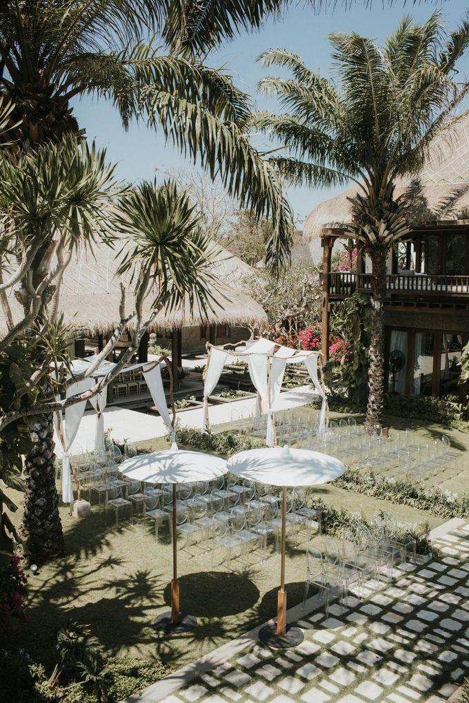 Whimsical Tropical Wedding at Stone House by Tirtha by Tirtha Bali - 008