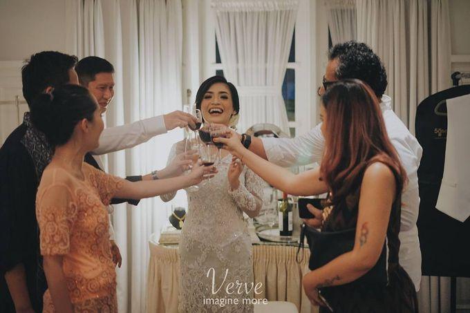 WEDDING CEREMONY OF ANGGINA & JUSTIN by Barli Asmara Couture - 014