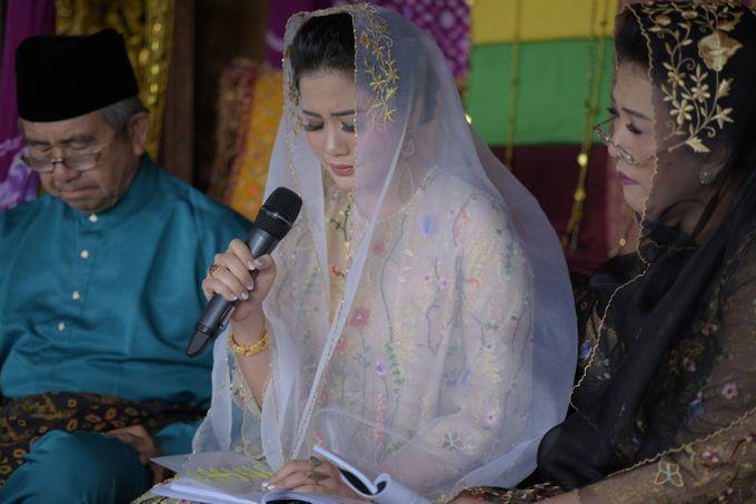 Bunga & Dendy Wedding Day by Adhyakti Wedding Planner & Organizer - 001