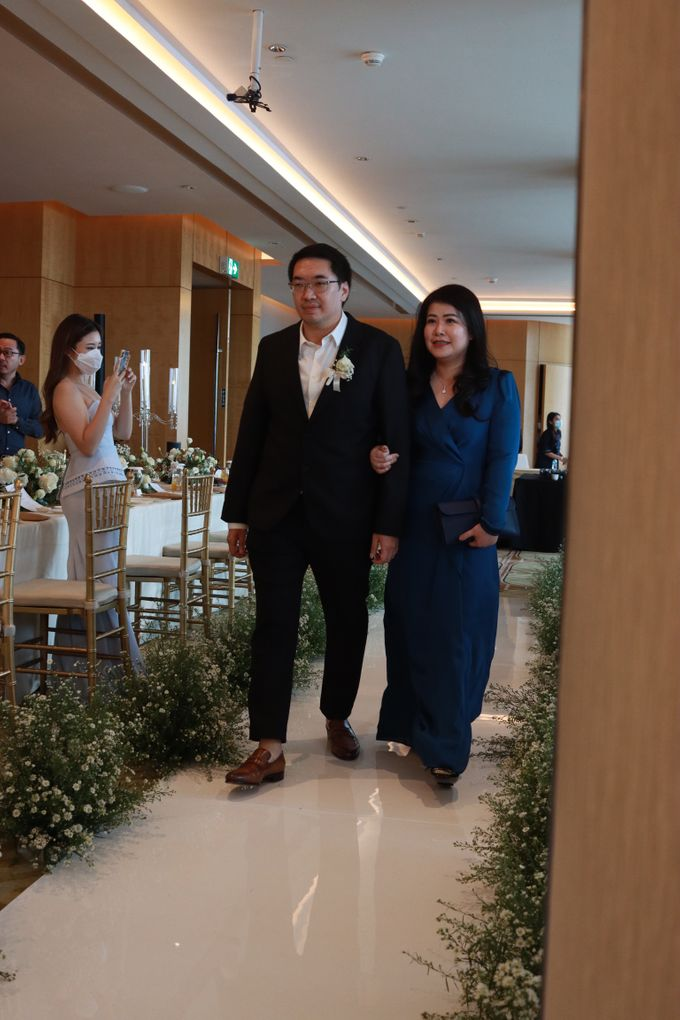 New Normal Entertainment Wedding at Westin Jakarta by Double V Entertainment by Double V Entertainment - 017