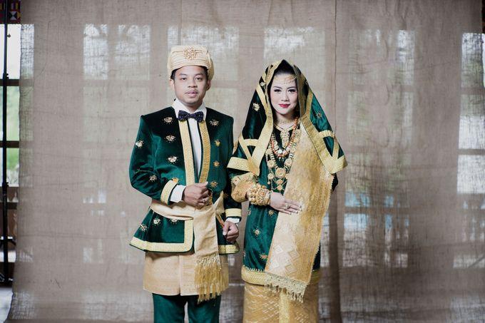 Bunga & Dendy Wedding Day by Adhyakti Wedding Planner & Organizer - 012