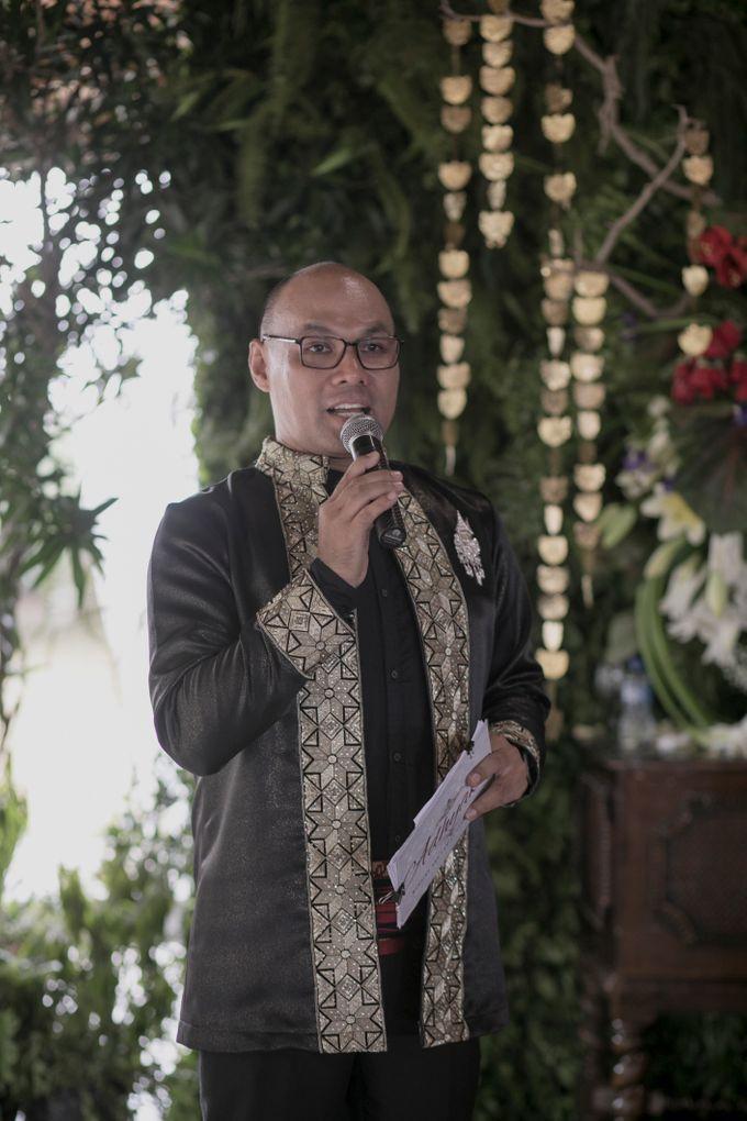 Bunga & Dendy Wedding Day by Adhyakti Wedding Planner & Organizer - 010