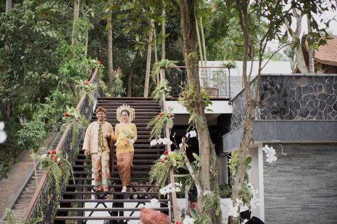 Bunga & Dendy Wedding Day by Adhyakti Wedding Planner & Organizer - 016