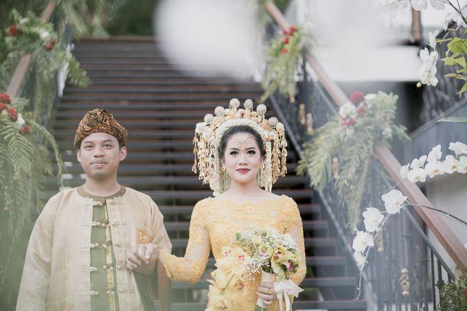 Bunga & Dendy Wedding Day by Adhyakti Wedding Planner & Organizer - 013
