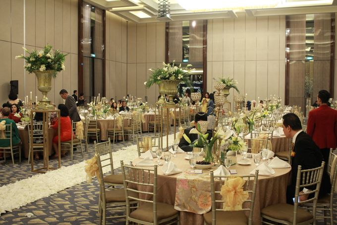 Mc Entertainment Wedding Sheraton Gandaria - Anthony Stevven  with Double V Entertainment Jakarta by Anthony Stevven - 001
