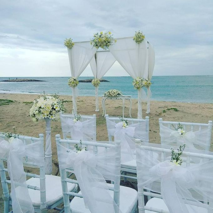 Garden & Beach Wedding by Holiday Inn Resort Baruna Bali - 013