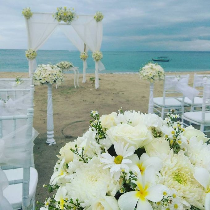 Garden & Beach Wedding by Holiday Inn Resort Baruna Bali - 014