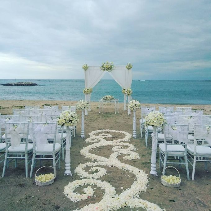 Garden & Beach Wedding by Holiday Inn Resort Baruna Bali - 015