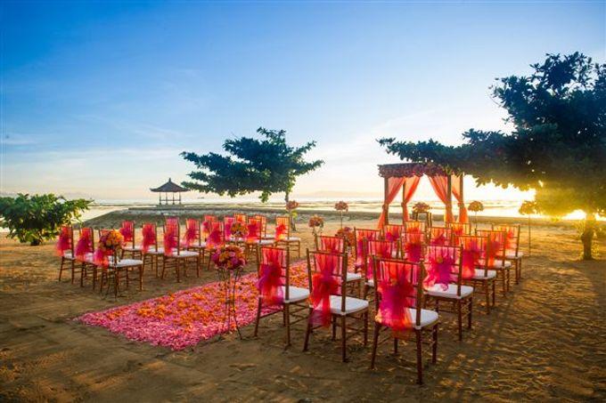 kayumanis nusa dua-beach wedding-fuschia theme by Kayumanis Private Villa and Spa - 001