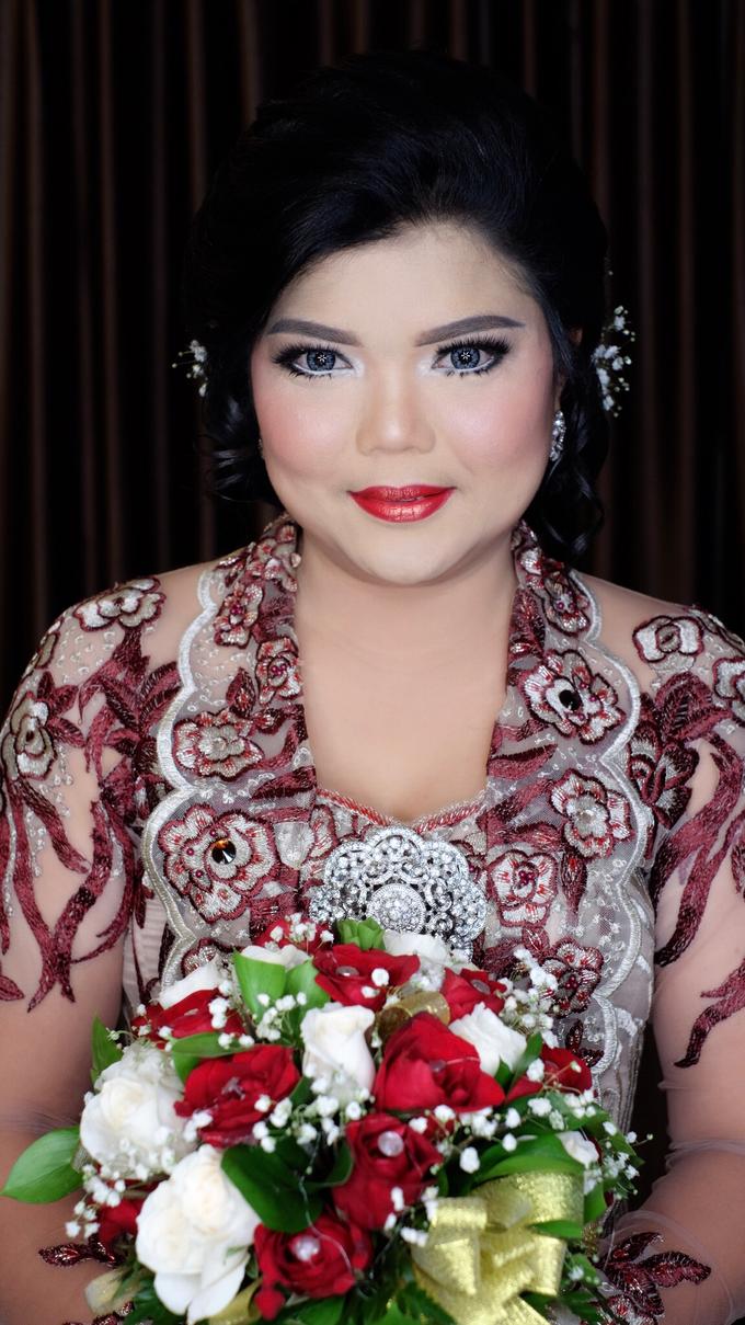 Tutut and Lukman Wedding by beautified by santishiva - 010