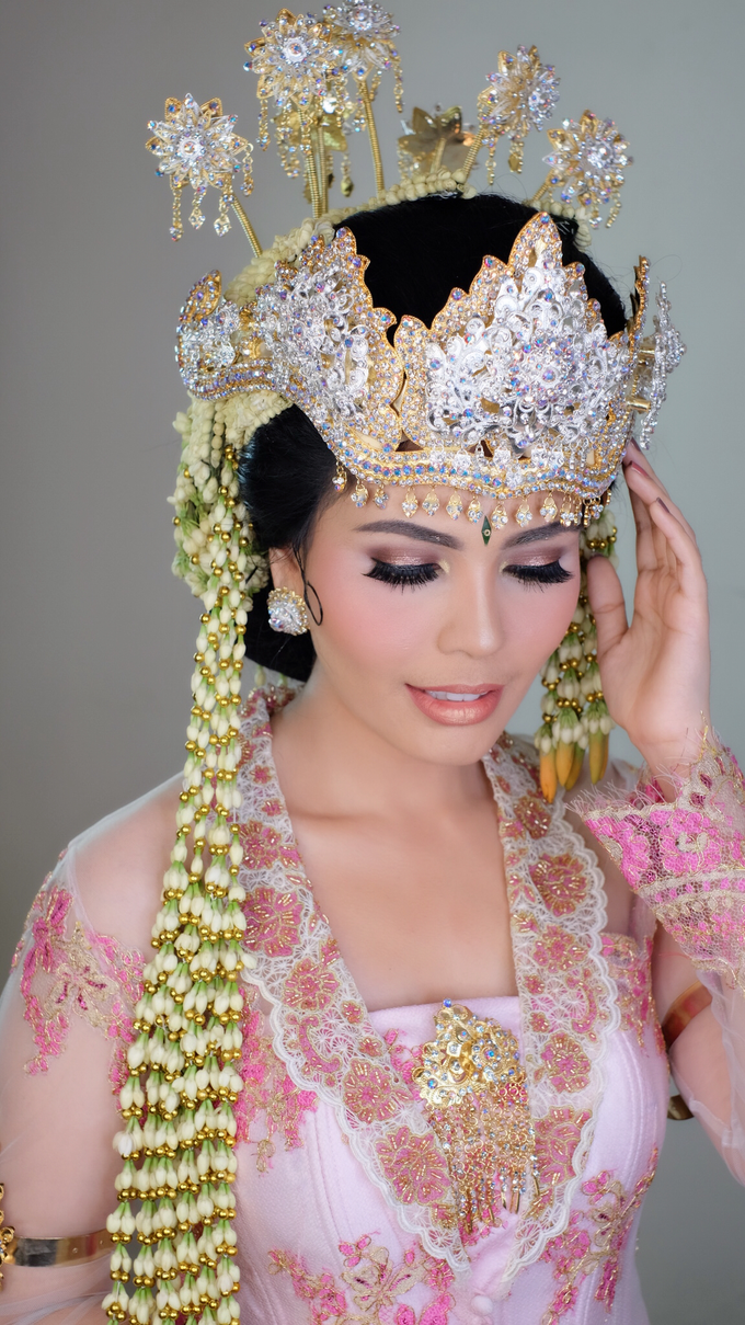 Photoshoot for Sunda Siger Bride by beautified by santishiva - 004