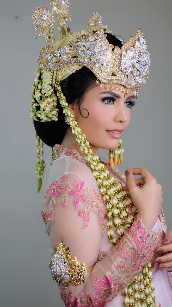 Photoshoot for Sunda Siger Bride by beautified by santishiva - 007