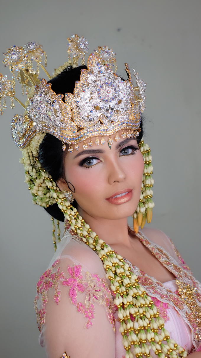 Photoshoot for Sunda Siger Bride by beautified by santishiva - 006