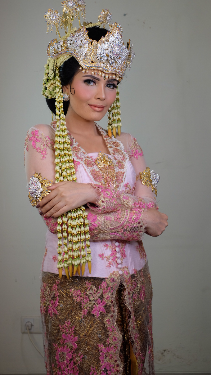 Photoshoot for Sunda Siger Bride by beautified by santishiva - 011