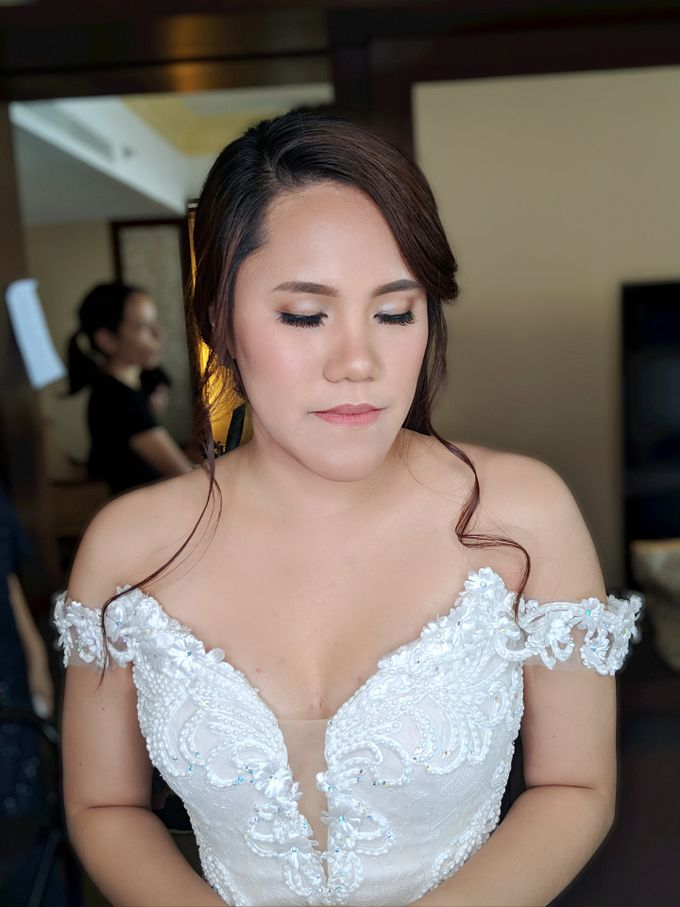 Angela Flores & Ian Dennis Wedding by Magic Touch by Klick Victoria - 002