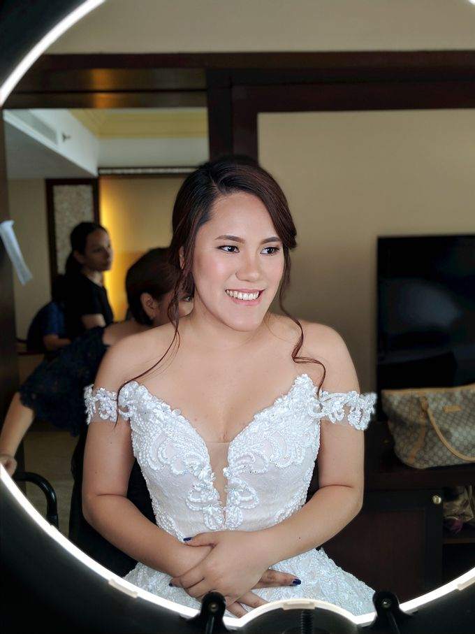 Angela Flores & Ian Dennis Wedding by Magic Touch by Klick Victoria - 003