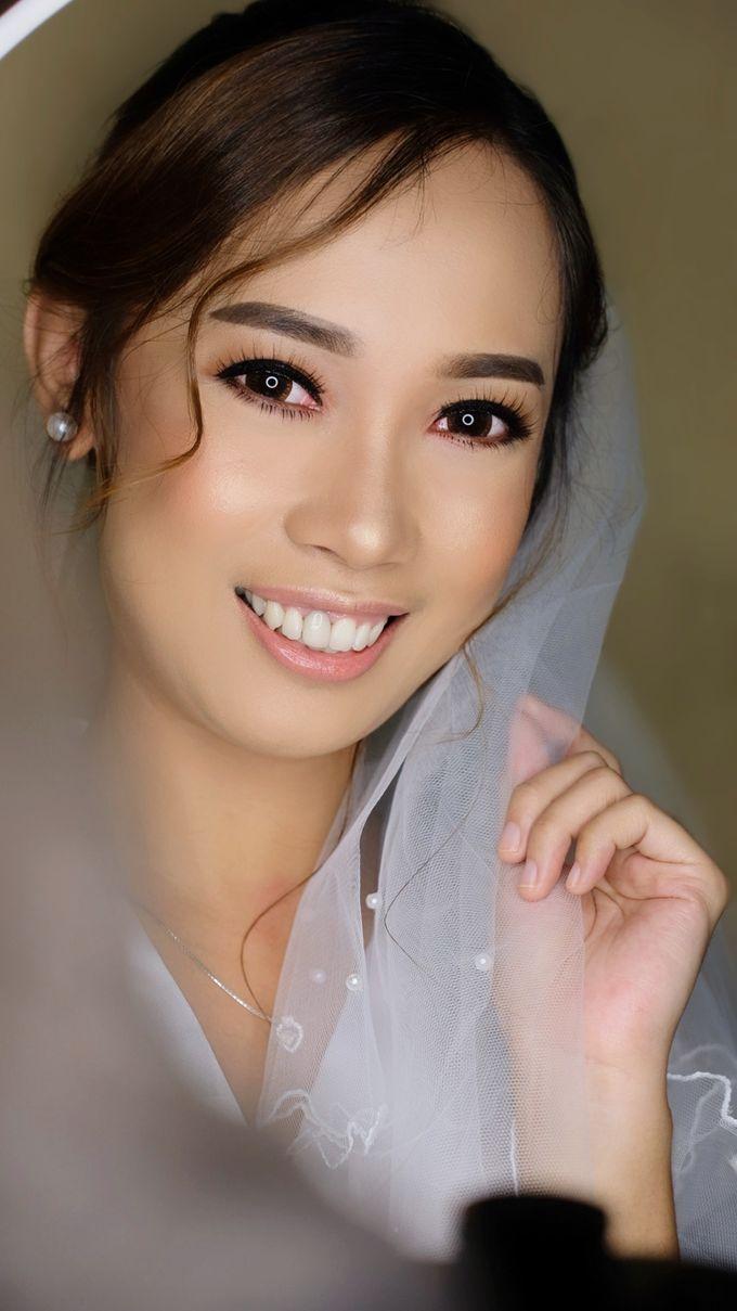 Bridal Makeup by Junie Fang Makeup Artist - 005