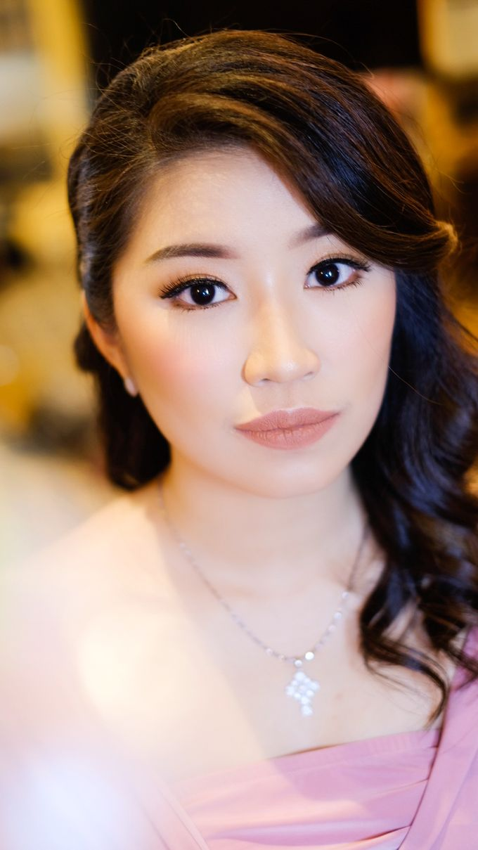 bridesmaid makeup by Novysarilim Makeup - 011