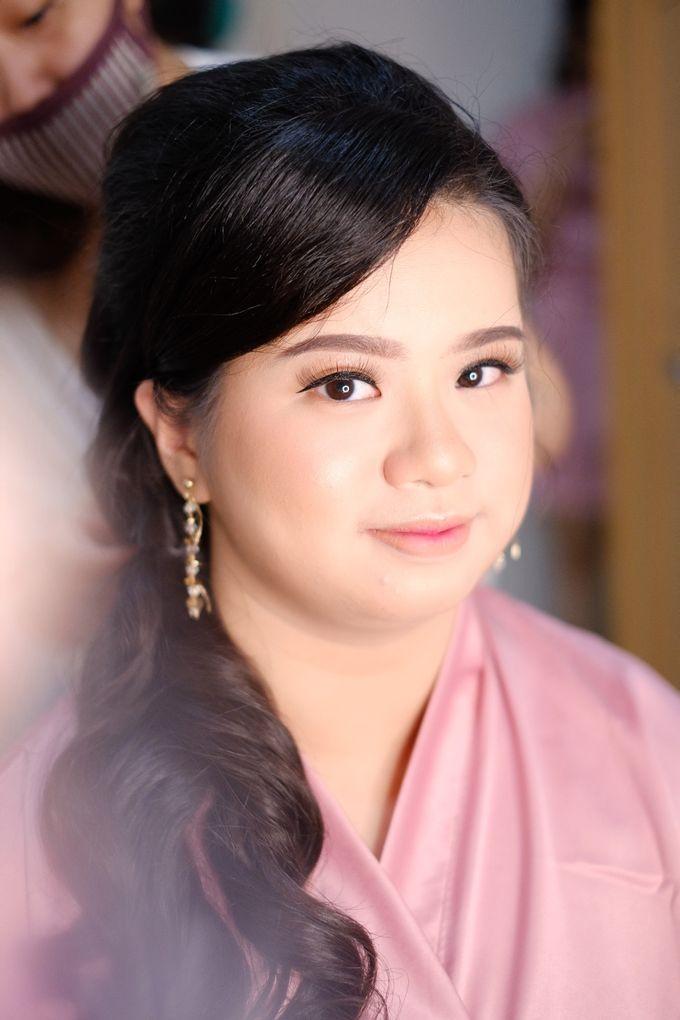 bridesmaid makeup by Novysarilim Makeup - 005