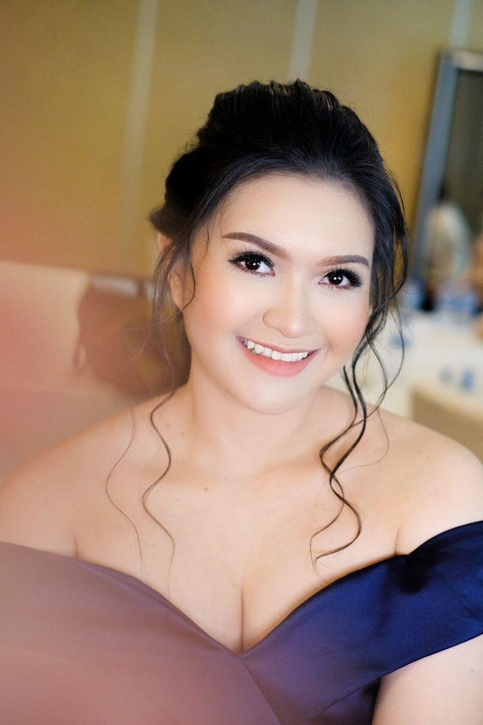bridesmaid makeup by Novysarilim Makeup - 009