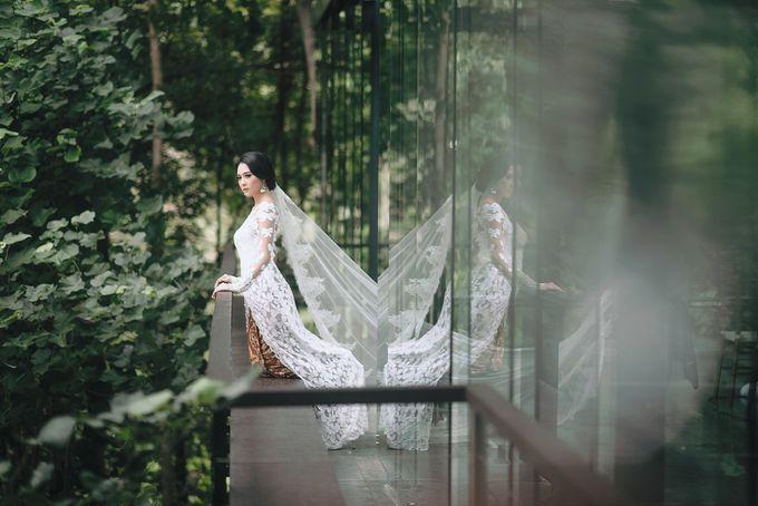 Minangkabau Traditional wedding set up at The Glass House by Tirtha Bridal - 021