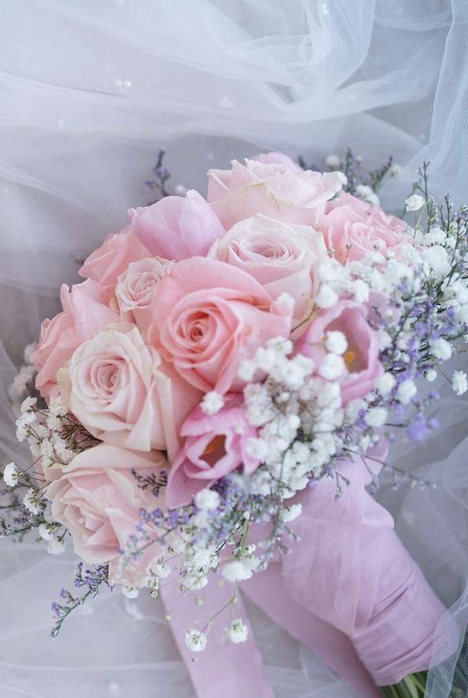 The Wedding of Amelia & William by Benoite Florist - 005