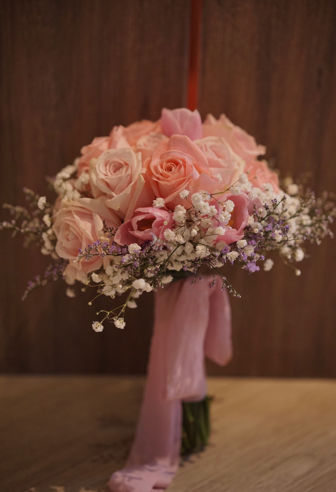 The Wedding of Amelia & William by Benoite Florist - 004