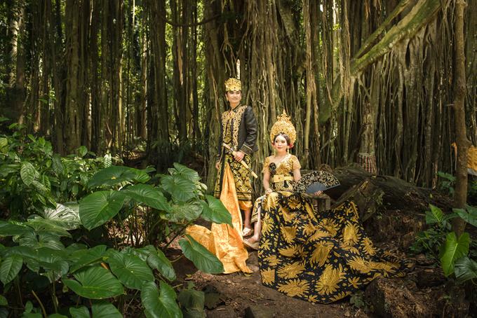 Prewedding at Sangeh - Bali by Bali Epic Productions - 004
