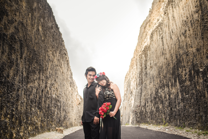 Prewedding at Melasti Beach Bali by Bali Epic Productions - 002