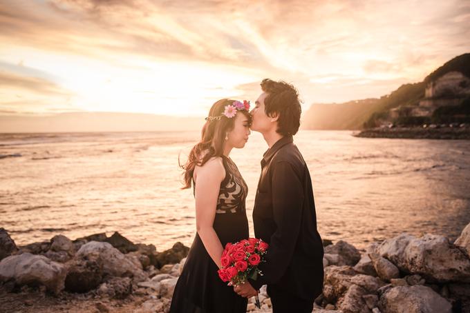 Prewedding at Melasti Beach Bali by Bali Epic Productions - 004