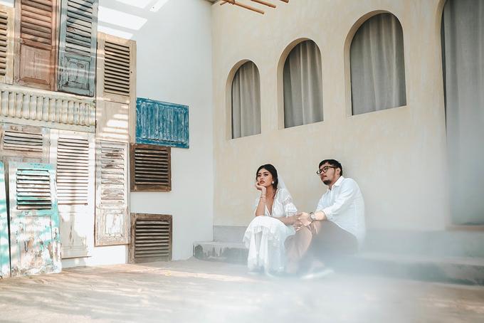 Indoor/Studio Prewedding by berceritakita - 019