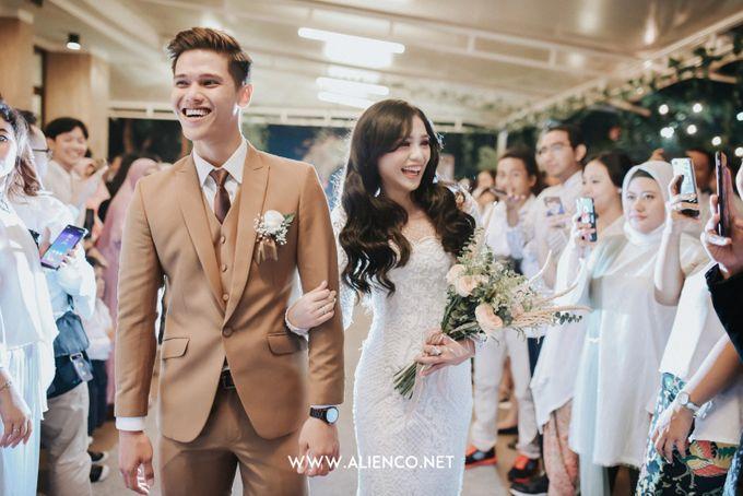 The Wedding Of Intan & Puja by Jakarta Souvenir - 011