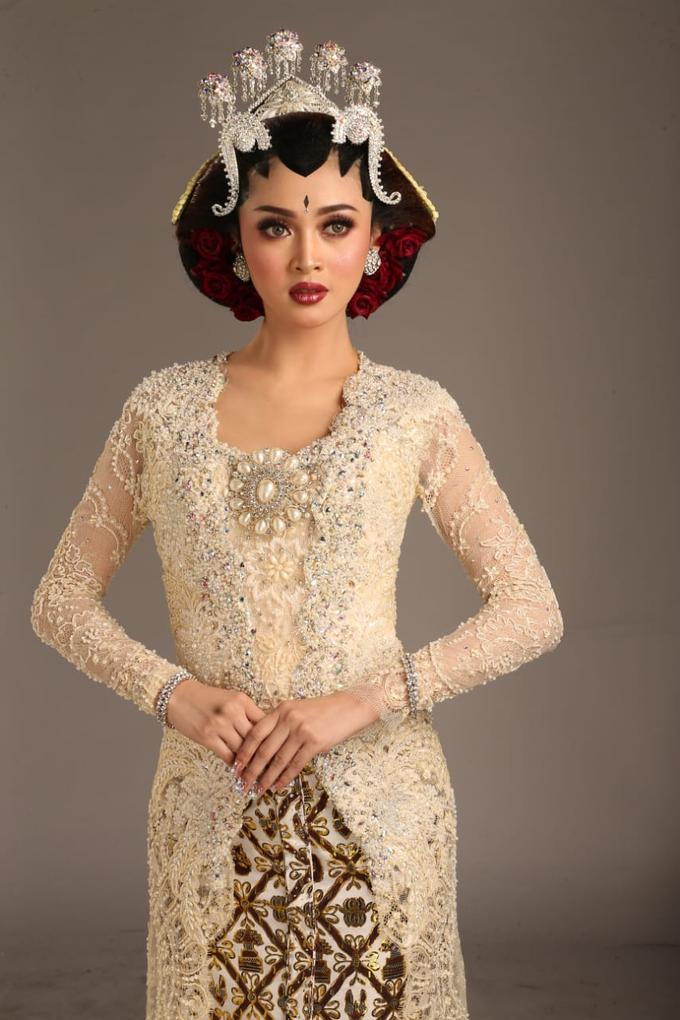 Sewa / Renr Kebaya Wedding 2019 by Berkat Kebaya By Devina Shanti - 007
