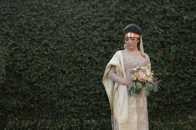 BRIDE and GROOM 2019 by Berkat Kebaya By Devina Shanti - 018
