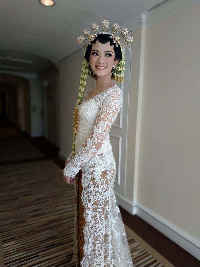 BRIDE and GROOM 2019 by Berkat Kebaya By Devina Shanti - 022