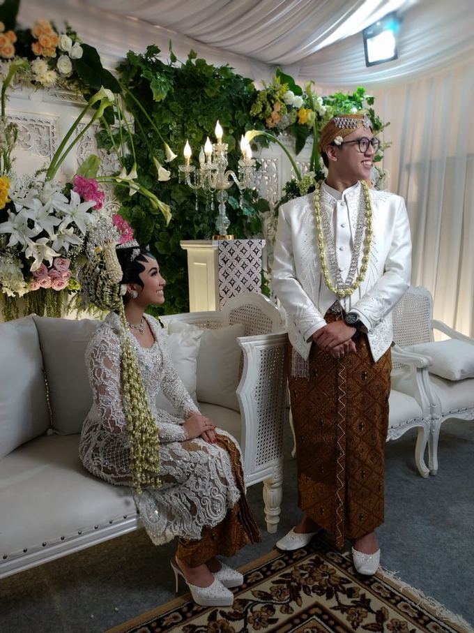 BRIDE and GROOM 2019 by Berkat Kebaya By Devina Shanti - 041