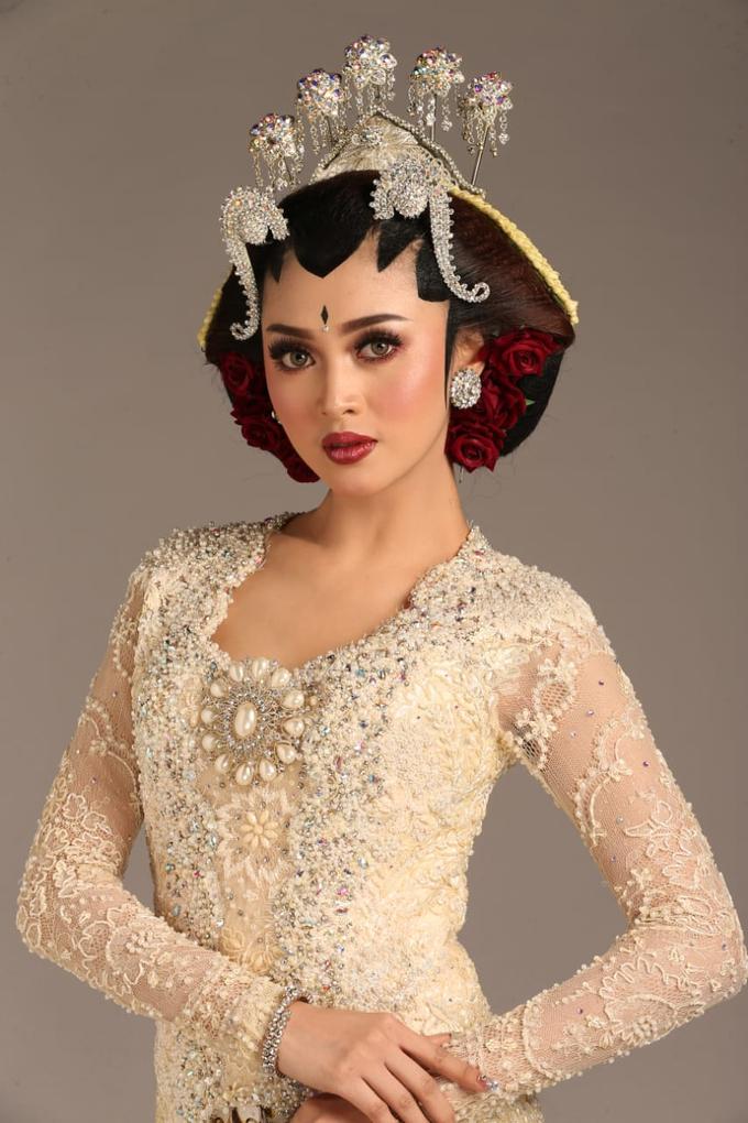 Sewa / Renr Kebaya Wedding 2019 by Berkat Kebaya By Devina Shanti - 021