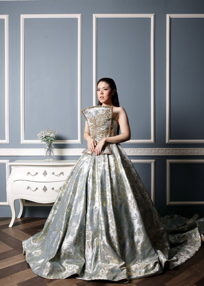 Public Figures by Berta Chandra Couture - 002