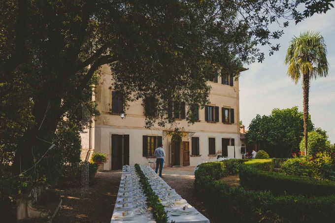 A Romantic Persian Wedding in the Magical Tuscany Country by Livio Lacurre Photography - 003