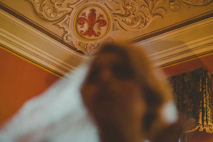 A Romantic Persian Wedding in the Magical Tuscany Country by Livio Lacurre Photography - 015