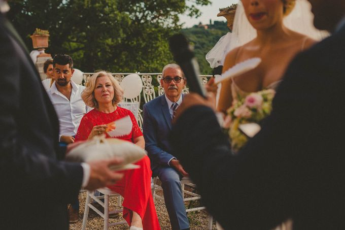 A Romantic Persian Wedding in the Magical Tuscany Country by Livio Lacurre Photography - 026