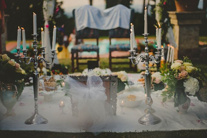 A Romantic Persian Wedding in the Magical Tuscany Country by Livio Lacurre Photography - 032