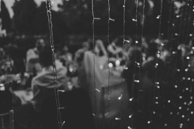 A Romantic Persian Wedding in the Magical Tuscany Country by Livio Lacurre Photography - 039